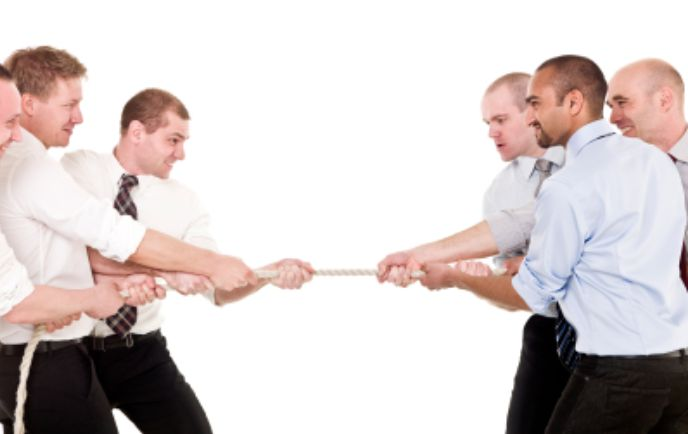 persaingan perniagaan
