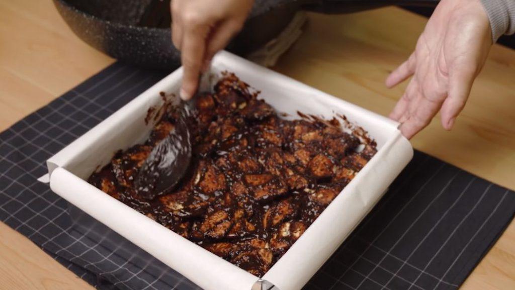 padatkan kek batik