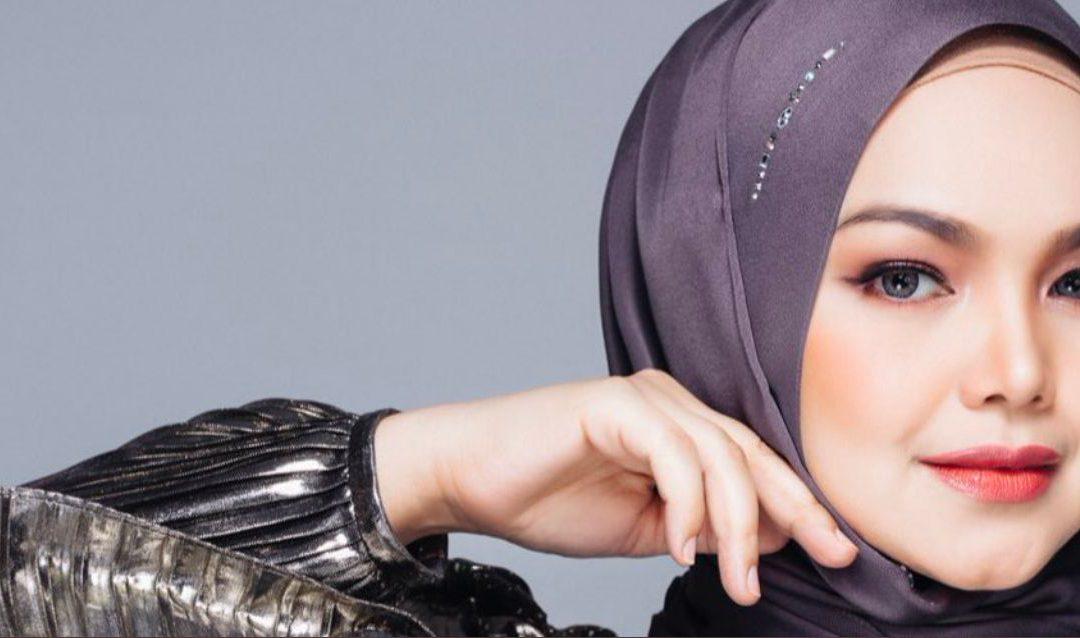 Dato' Sri Siti Nurhaliza: Kisah Penjual Kuih Menjadi Penyanyi No.1 Negara